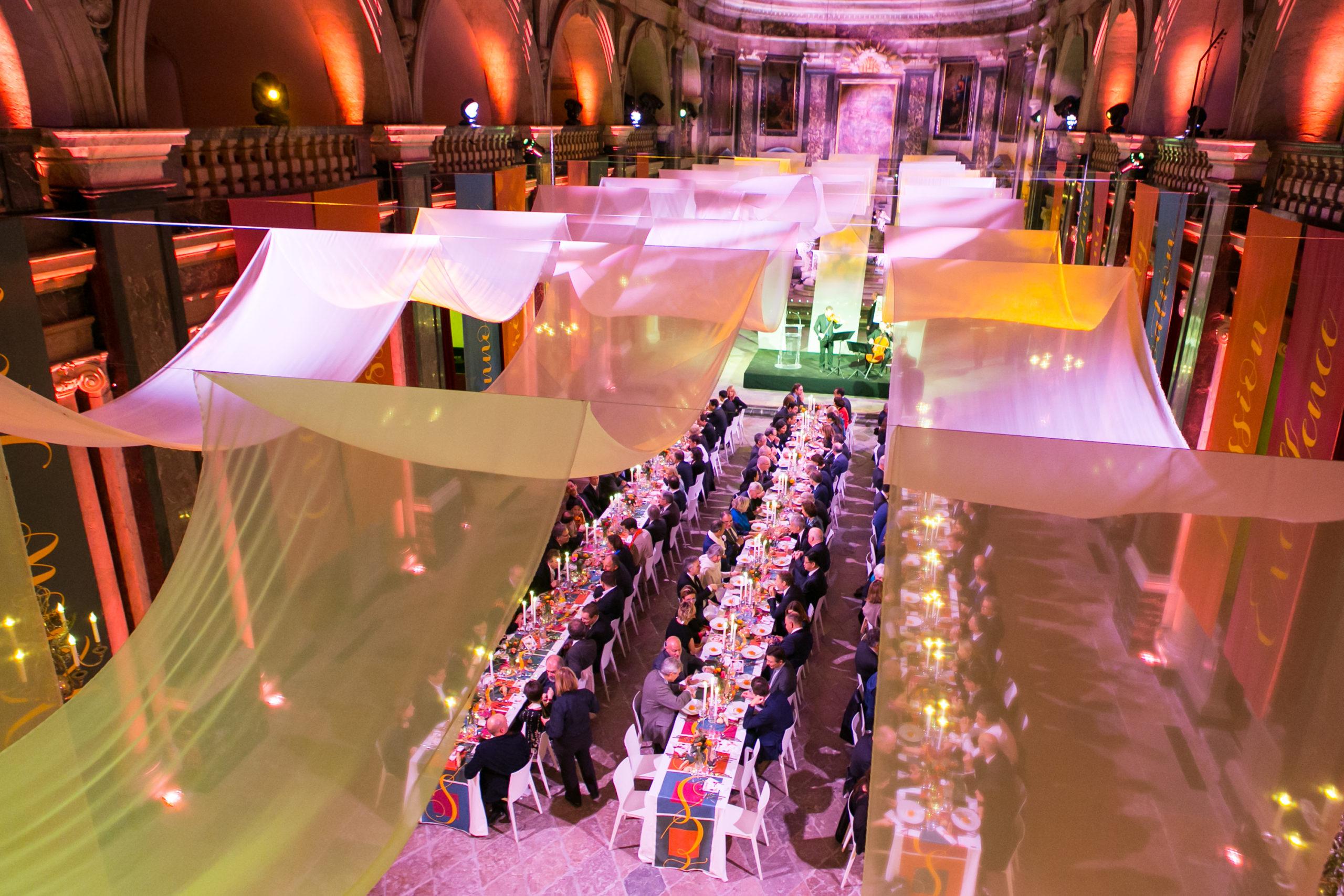 Esprit des Sens organise le banquet Estime de Soie pour INTERSOIE à la Chapelle de la Trinité